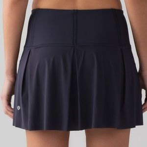Lululemon Lost In Pace Skirt (Tall)